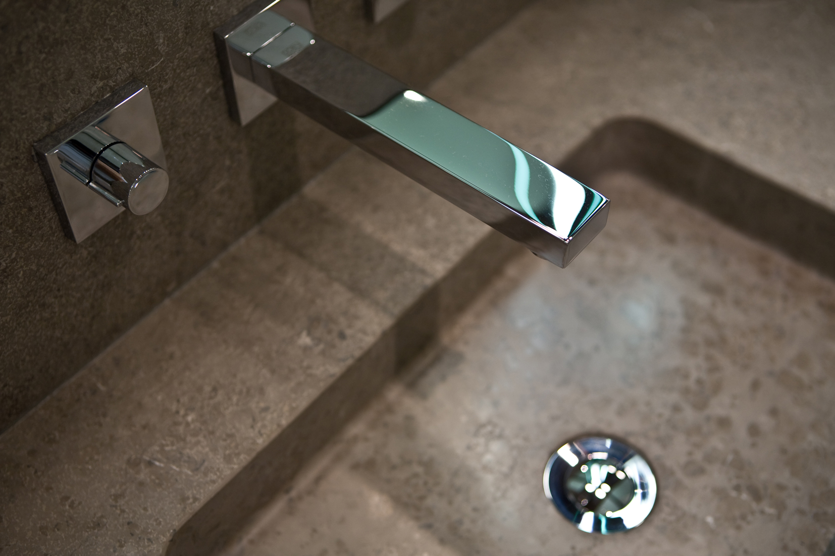 SIV Bathroom Taps