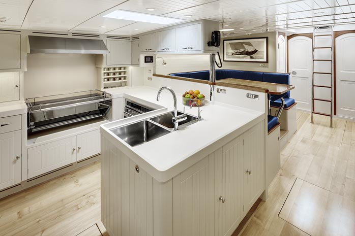 Galley 2 698