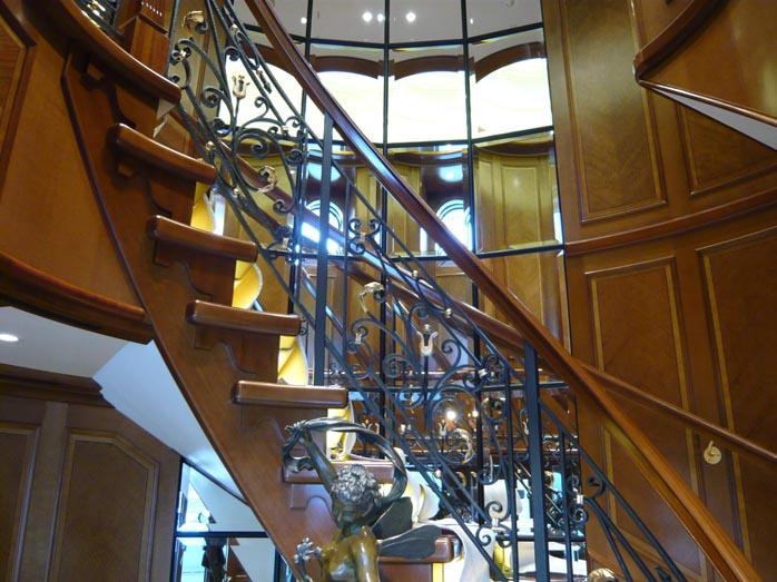 05 Main Lobby 8